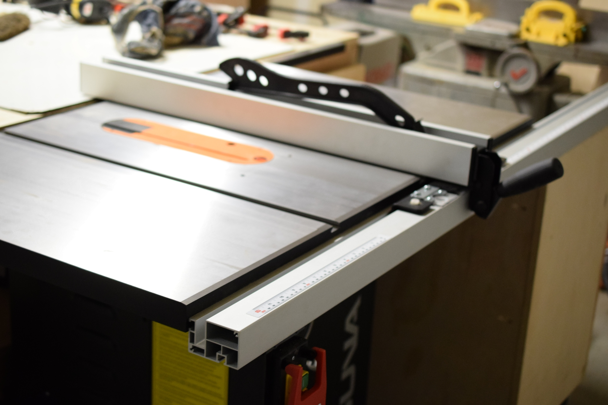 Laguna fusion table saw review how it compares to other table saws Table saw fence